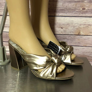 DOLCE VITA WOMENS SIZE 7 1/2 SHOES GOLD HYLDE NWT